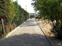 vialetti in ghiaia progettazione e realizzazione giardini treviso venezia e