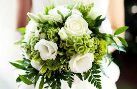 wedding flowers pictures guide on how to choose the best flowers for your wedding day
