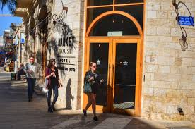 the market house hotel in jaffa nava is back to tel aviv נאוה