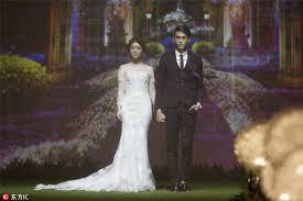 Dream Wedding Dresses Looking For Dream Wedding Try 4d Hologram Technology 1