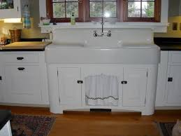 Farmhouse Style Kitchen Islands by Antique Kitchen Sinks Best 20 Vintage Farmhouse Sink Ideas On