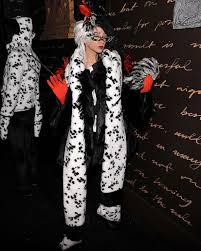 Christian Halloween Costumes 10 Outrageous Celebrity Halloween Costumes