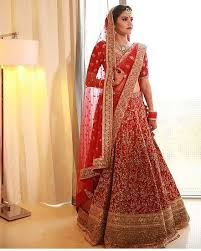 Lehenga Style Saree Draping 21 Different Dupatta Draping Styles For Your Lehenga Frugal2fab