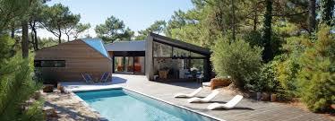 du pont u0027s award winning poolside cabin is hidden in the pine
