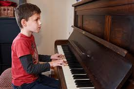 Blind Boy Plays Piano Parents U0027 Heartbreaking Decision To Remove Their Little Boy U0027s Eyes