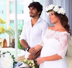 Deborah Secco compartilha primeiro clique de seu casamento ...