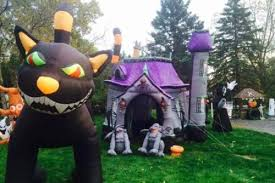 must see halloween displays in northeast ohio