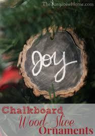 chalkboard wood slice ornaments is an easy diy project