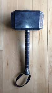 thor 2 the new mjolnir an invite could be inside the hammer or