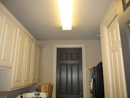 fluorescent light in kitchen the decorating duchess how to make a shade for a fluorescent