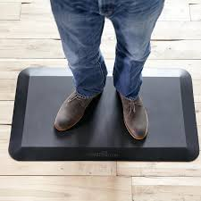 anti fatigue mat for standing desk the mat 34 anti fatigue mat for standing desks varidesk
