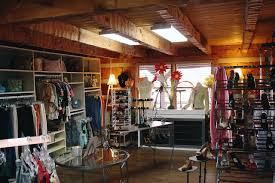 the consignment shoppe campbell station clothing room