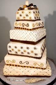 Wedding Cake Quotes Creme De La Cakes Custom Cakes Cupcakes And Decorated Baked Goods