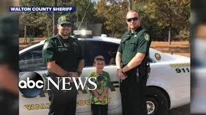 thanksgiving dinner orlando boy calls 911 to invite cops to thanksgiving dinner youtube