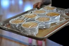 pastel de tres leches communal table