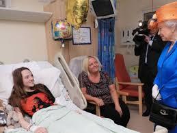 Queen Elizabeth Shooting Queen Elizabeth Meets Victims Of The Manchester Bombing Attack At