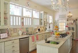 deco cuisine romantique design interieur idée déco cuisine vintage coleurs acryliques