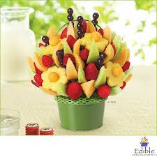 fruit arrangements los angeles 70 best edible arrangement images on basket of fruit