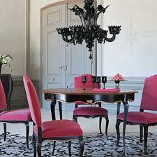 ladario sala da pranzo tradizionale sala da pranzo con tavolo da pranzo rotondo nero rosa