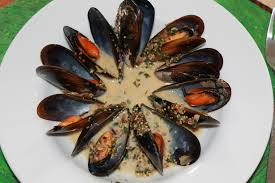 cuisiner des moules au vin blanc moules marinières saveur moutarde à l ancienne et persil ô my goût
