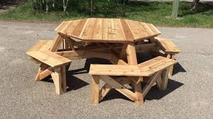 Red Cedar Octagon Walk In Picnic Table by 8 Person Octagon Cedar Picnic Table Youtube