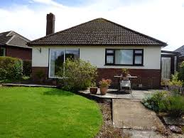 2 bedroom detached bungalow bungalow for sale in 3 meadow close