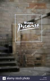 entrance glass door entrance glass door logo lettering museu picasso museum la