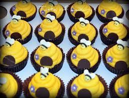 bumble bee cupcakes the 25 best bee cupcakes ideas on bumble bee cupcakes