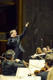 orchestra chambre conductor douglas boyd of the orchestre de chambre de