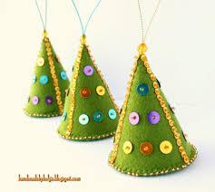 felt christmas tree decorations u2014 crafthubs