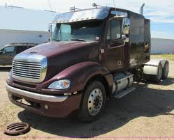 2003 freightliner columbia semi truck item i6250 sold j