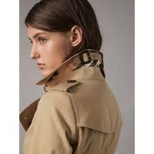 the chelsea mid length heritage trench coat in honey women