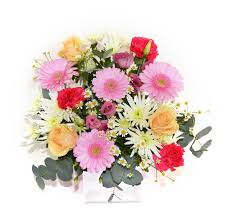 tell mum you love her 7 beautiful bunches of mothers day flowers