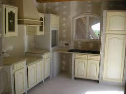 realiser une cuisine en siporex deco peinture de chambre adulte vert violet et blanc