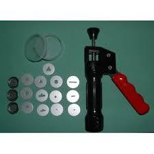kitchen gun amazon com golda u0027s kitchen sugarcraft extruder gun squeeze