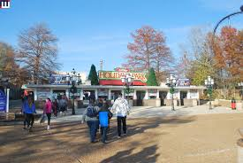 Six Flags St Louis Missouri Midwestinfoguide Holiday In The Park Sfstl