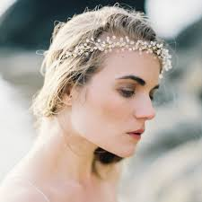 bridal accessories australia useful tips for choosing bridal hair accessories for a