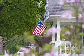 Porch Flag Pros U0026 Cons Of Renting Vs Selling Your Home Before Deployment