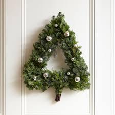 20 winter wreaths door decorations you can display all season