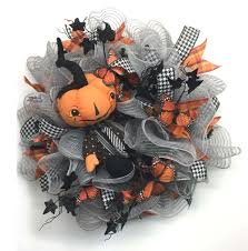 2017 halloween wreath with orange pumpkin kids tutorial trendy