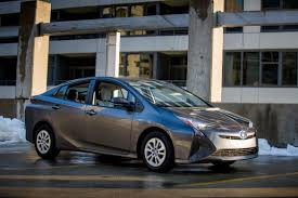 top toyota cars iihs names 2016 toyota prius a top safety pick plus news cars com