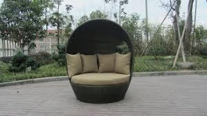 couvert lit meubles ext礬rieurs ronds de daybed de rotin lit en osier couvert