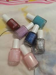 my little things beauty diary by monica my small essie nail