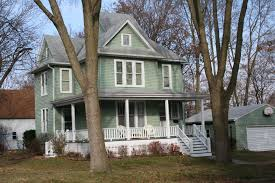 28 l shaped house with porch l shaped back porch for the