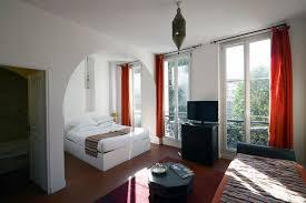 chambre d hotel originale réserver une chambre d hôtel pour un séjour entre amis gare
