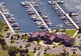 halloween city manitowoc wave pointe marina u0026 resort family resort restaurant vacation