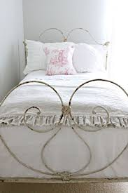 Iron Frame Beds by Iron Frame Beds That Are A Never Fading Trend That You Will Love