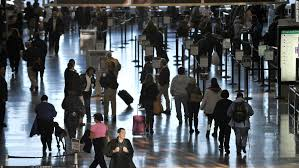 expect fewer fliers but crowded planes at thanksgiving cnn