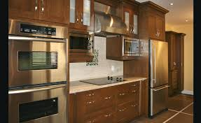 cuisine bois massif contemporaine cuisine bois massif moderne armoire chic cuisine bois massif