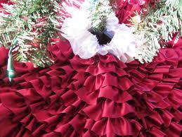 Poinsettia Christmas Tree Skirt Top 25 Diy Christmas Tree Skirts Christmas Celebrations